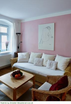 ferienwohnung priessnitz bild 2 6 gem tliche couch. Black Bedroom Furniture Sets. Home Design Ideas