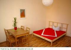 großes Schlafzimmer 1