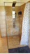 Badezimmer mit Duche und WC