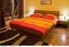Doppelbett Wohn-/Schlafzimmer